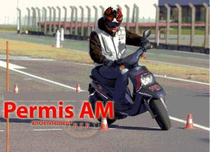 Le Permis AM est la nouvelle appellation du B.S.R. (Brevet de Sécurité Routière) permettant de conduire des cyclomoteur et voiturette sans permis dès l'âge de 14ans.